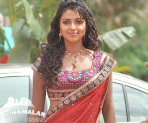 I will act only with top heros says amala paul