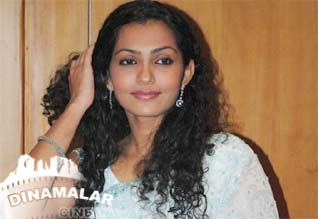 Poo Parvathy special interview