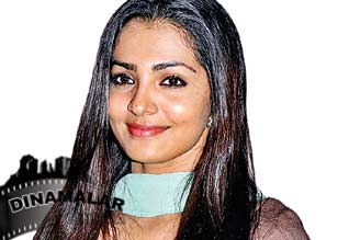 not want to act on unnessery character: parvathy