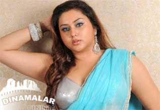 Namitha searching offers from kollywood director