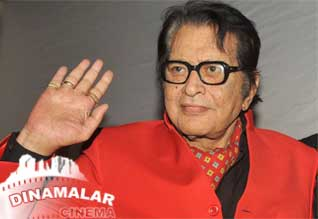 Dont fall in Oscar trap says Manoj kumar