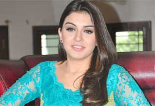 hansika reduce salary for her director