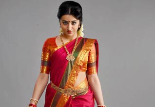 Tamil Cinema Review Nayaki