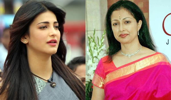 Shruti-denied-there-is-miff-between-her-and-Gouthami