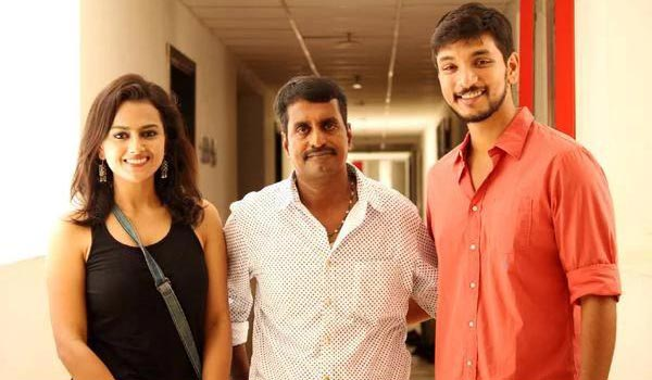 U-Turn-heroine-to-pair-with-Gautham-Karthick