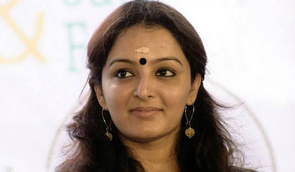 Indirect-ban-to-Manjuwarrier
