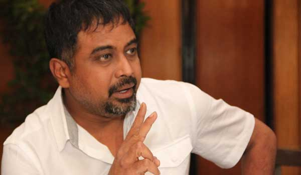 If-you-to-wrote-kavidhai,-you-will-survive-says-director-lingusamy