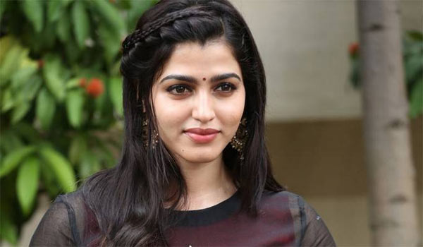 Yes-I-am-still-learning-says-Dhansika