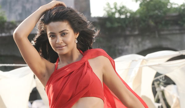 I-can-act-as-nude---My-Husband-Wont-Say-nothing-says-Surveen-chawla