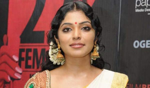 Rima-Kallingal-likes-to-act-in-Jayalalitha-biopic