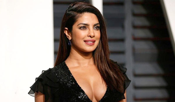 Priyanka-Chopra-top-in-Instragram
