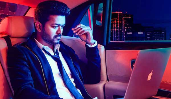 Did-vijay-act-as-chief-minister-role-in-sarkar