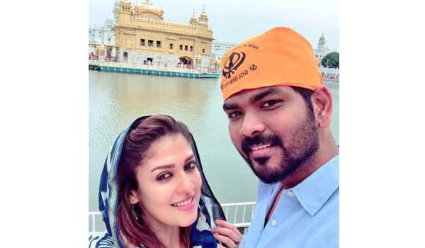 nayanthara-worshipped-in-golden-temple,-accompained-with-her-boyfriend-vignesh-sivan