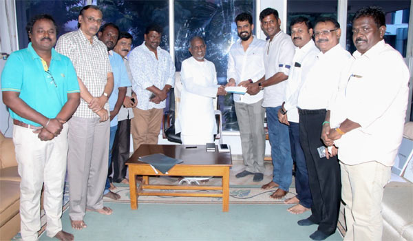 Ilayaraja---TFPC-joint-for-live-music-show