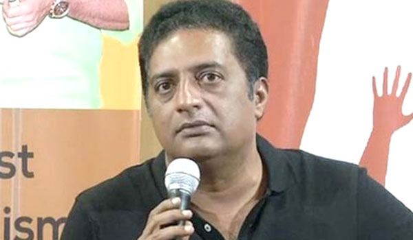 Prakash-raj-announced-he-will-contesting-in-Parliment-election