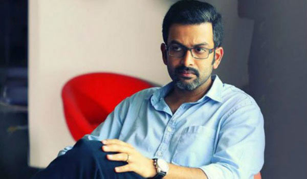 Prithvirajs-surprise-to-director