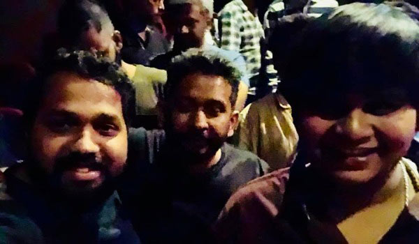 Malayalam-director-watched-Petta-movie-in-chennai