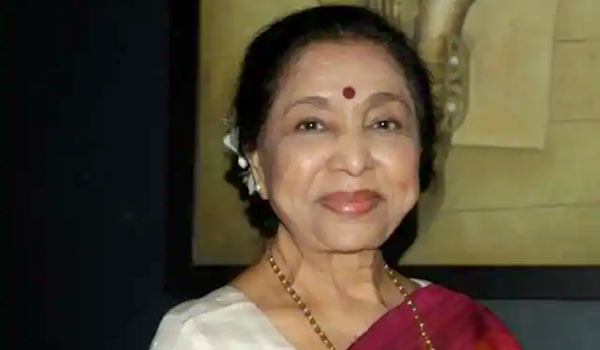Asha-Bhosle-shocks-everyone
