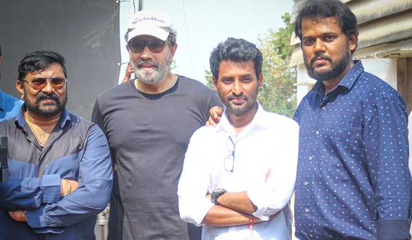 director-about-theerpugal-virkappadum-movie-title