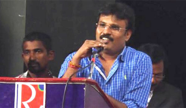 Director-Perarasu-warns-reviewer