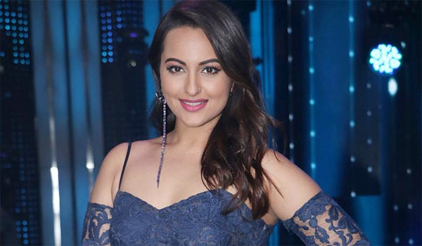 Cheating-case-file-against-actress-Sonakshi-Sinha