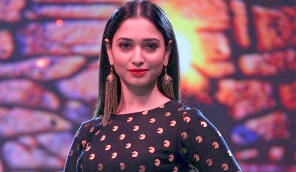Tamanna-waits-for-Hindi-movie
