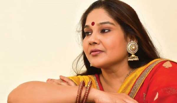 after-10-years-mounika-came-back-to-acting