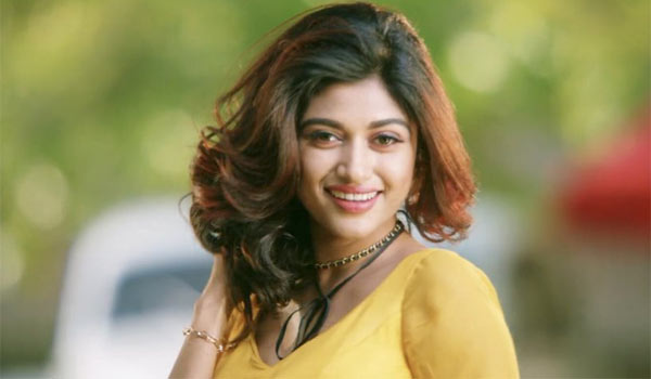 Did-Oviya-will-get-name.?
