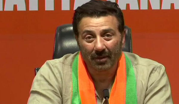 Sunny-Deol-joints-in-BJP
