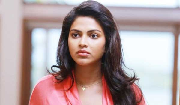 amala-paul-reacts-on-controversial-comment
