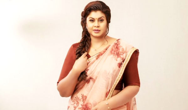 Actress-Vichitra-replied-why-she-did-not-become-a-Top-actress