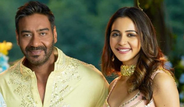 Censor-Board-replaces-Rakul-Preets-alcohol-bottle-with-bouquet