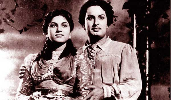 only-movie-in-malayalam-that-mgr-acted