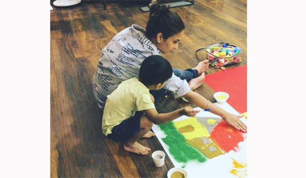Soundarya-Rajinikanth-paint-with-her-son