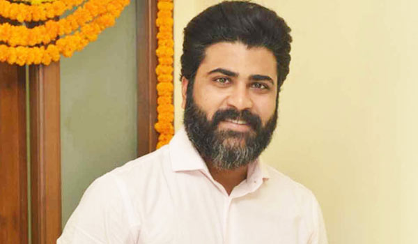 Injured-:-7-hours-operation-to-Actor-Sharwanand