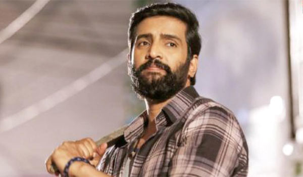 Santhanam-in-action