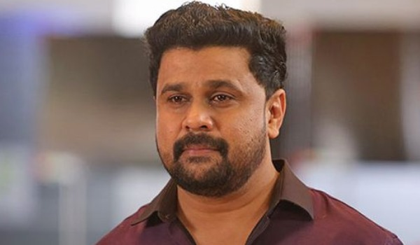 dileep-try-to-hide-his-tears