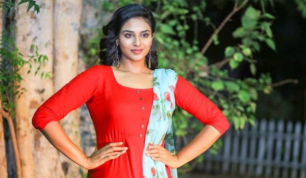 Indhuja-as-captain