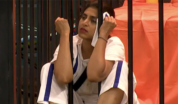 Kasthuri-jail-in-Biggboss-house