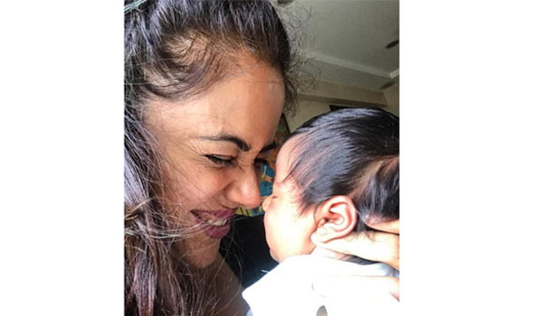 Sameera-shares-second-baby-photo