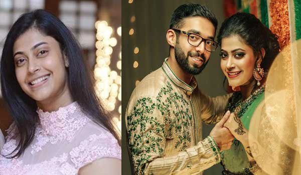 Actress-Parvathy-Nambiar-gets-engaged
