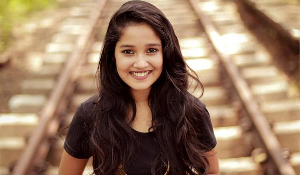 Anikha-to-be-part-third-time-with-ajith-film