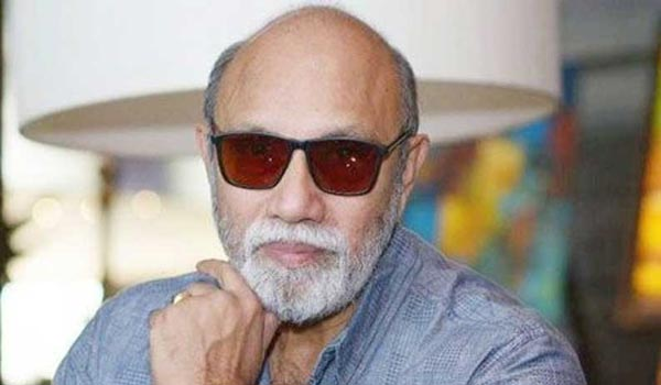 Sathyaraj-out-from-Ponniyin-Selvan