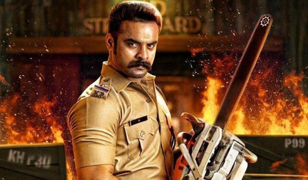 Hollywood-stunt-director-for-Tovino-thomas-film