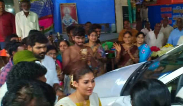 Nayanthara-workship-at-Kanyakumari-Amman-temple-also-starts-fasting