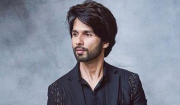 Shahid-Kapoor-Reportedly-Walked-Out-Of-Show