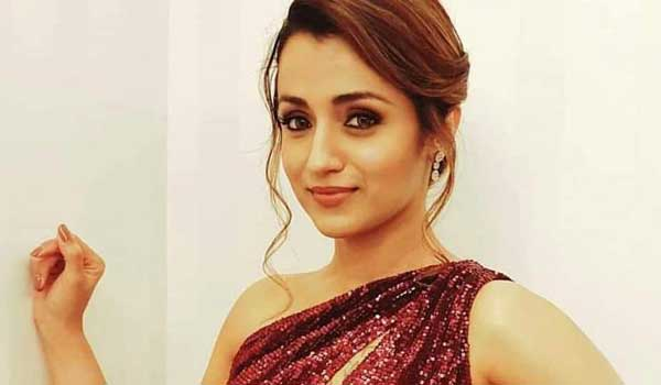 trisha-journey-19-th-year-in-cinema-industry