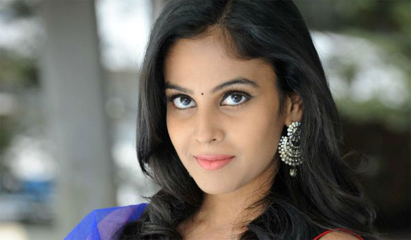 Chandini-to-pair-with-director-Ameer