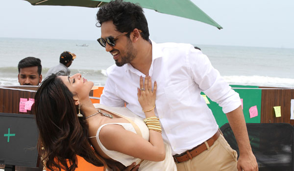 Future-is-only-for-Rap-song-says-Aadhi