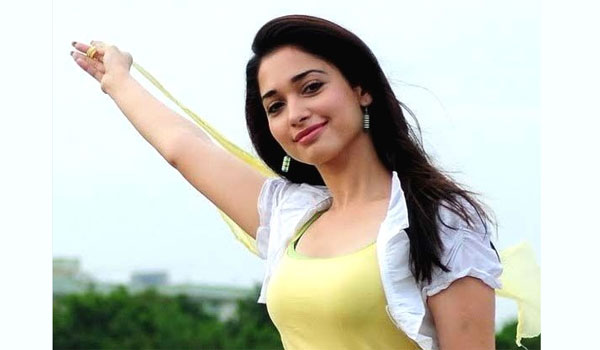 Tamanna-learning-mother-tongue